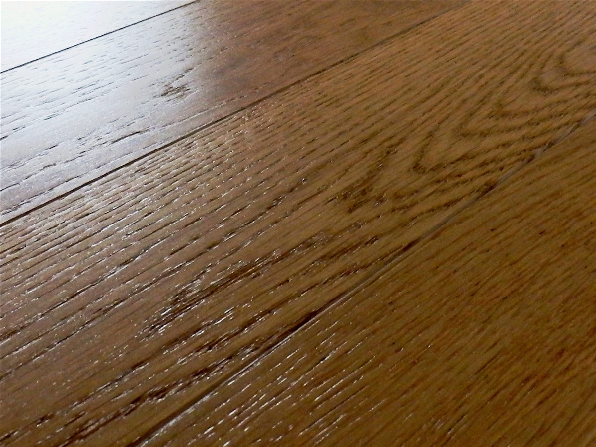 Holzboden verlegt vom Fertigmacher